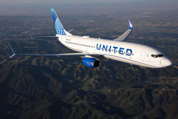 United Airlines 737800